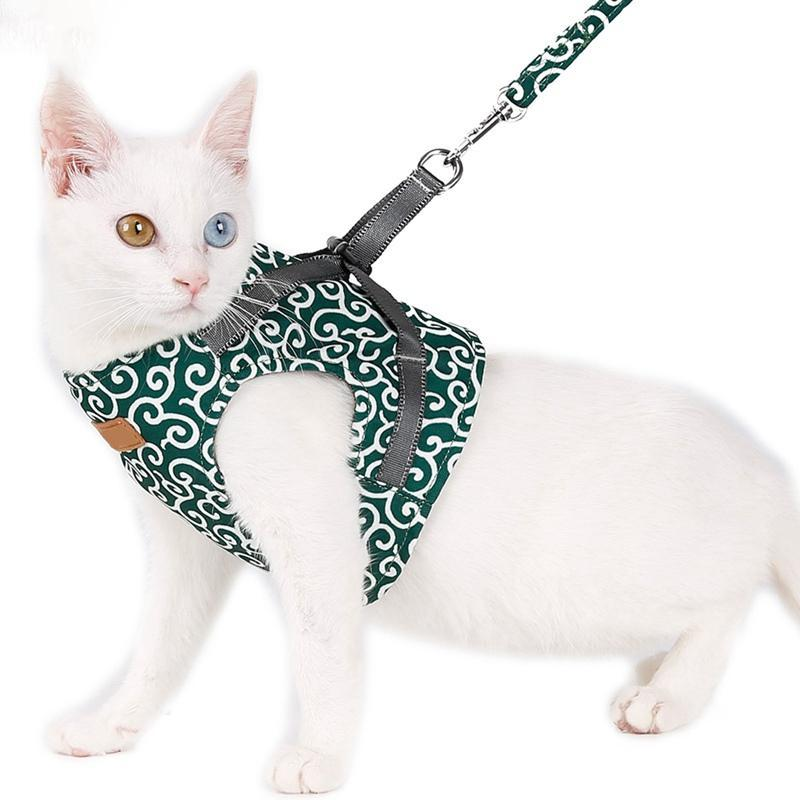 Cat Vest Harness and Leash Set Escape Proof Cat Japanese Style Harness for Outdoor Walking Red